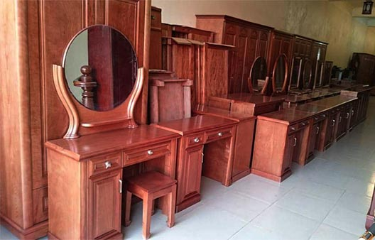 Mẫu bàn trang điểm gỗ xoan đào đẹp