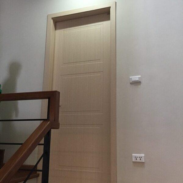 Vậy cửa gỗ gõ đỏ giá bao nhiêu là hợp lý?
