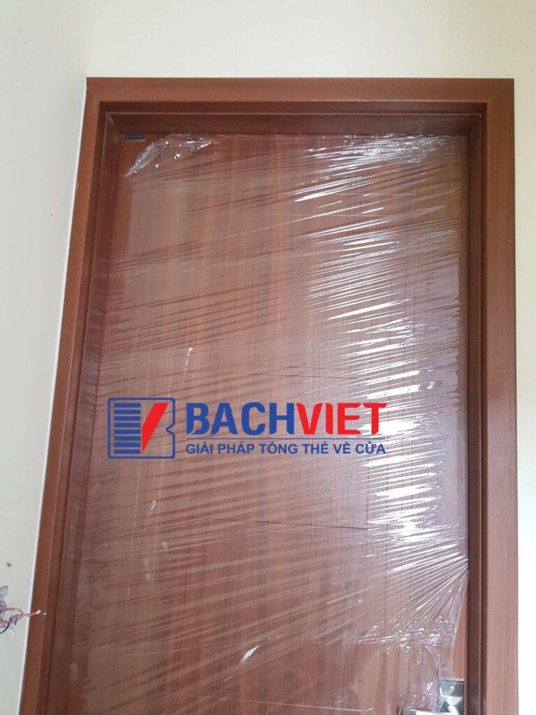 Công trình cửa gỗ Gravo mã GR207