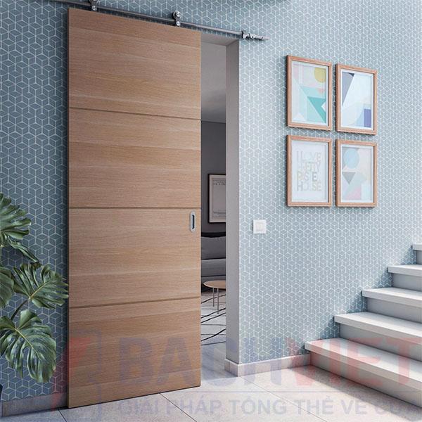 Hình ảnh cửa lùa gỗ công nghiệp ray trượt treo trên tường