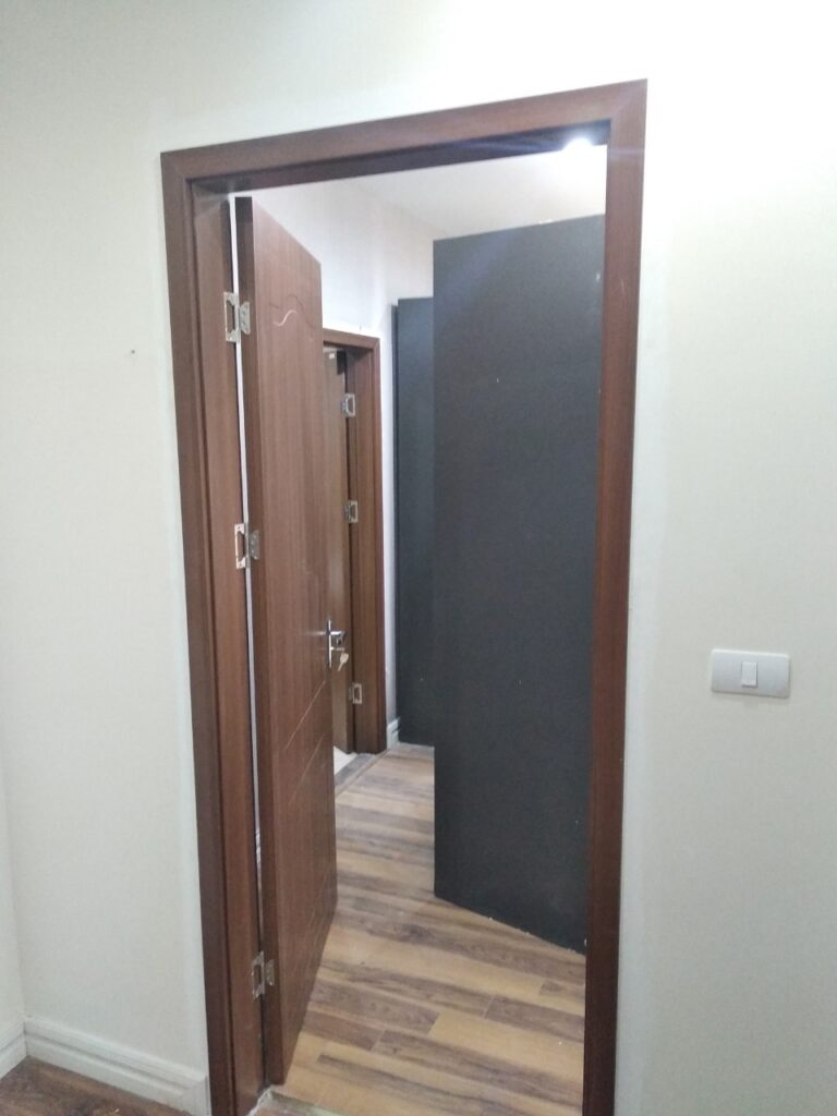 Cửa gỗ lamitek FLA201- Công trình chị Hương Tân Mai