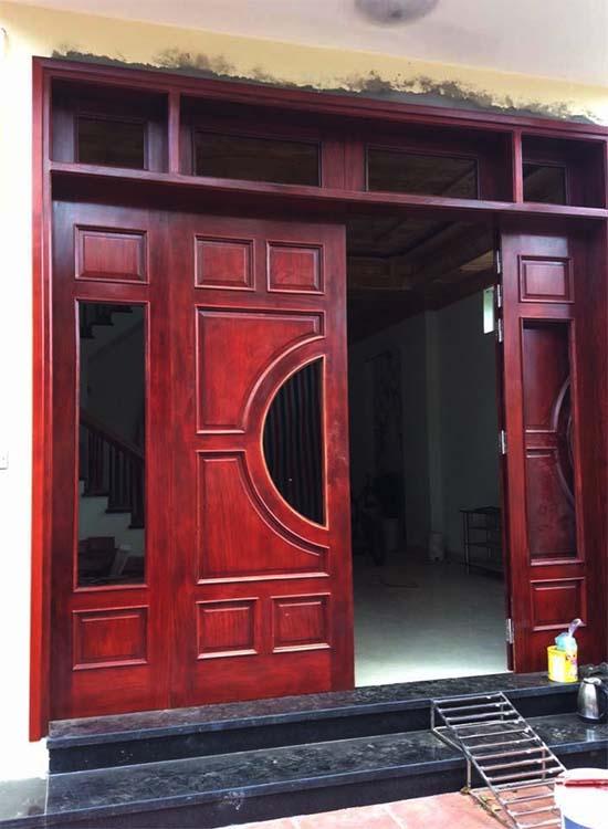 Ô cửa thông gió cửa chính 4 cánh gỗ tự nhiên