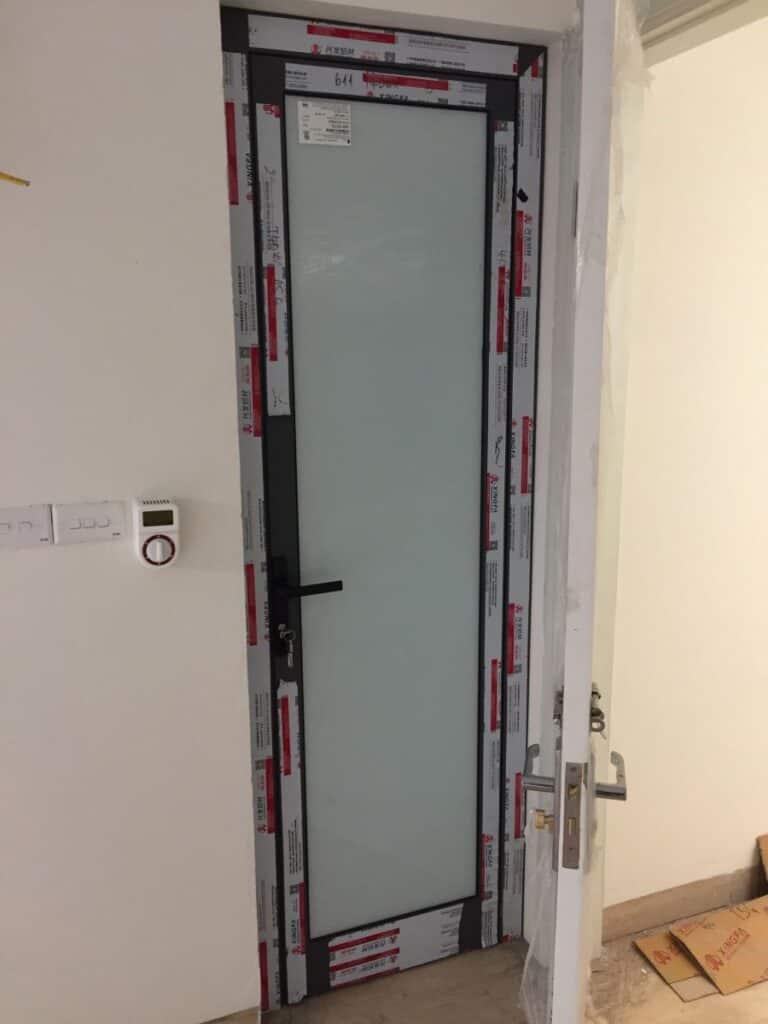 Mẫu cửa nhà vệ sinh
