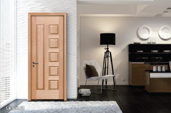 Khắc hình đa dạng lắp đặt cửa phòng ngủ